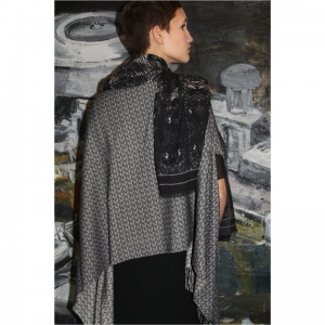 SERENITE MARS CAPE SCARF