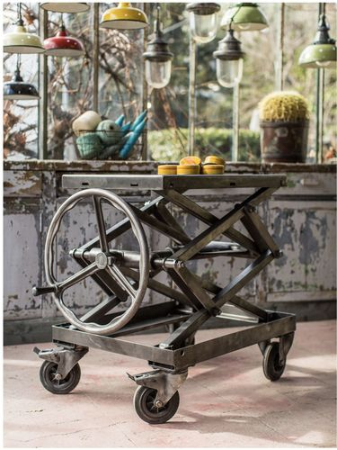 Ancienne table elevatrice d'atelier console ou table basse