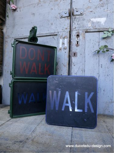 Plaque de feu don t walk americain vintage USA / walk bleu
