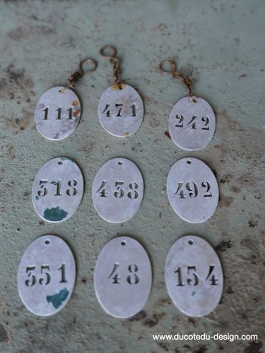 lot de 9 pieces - numero metal pour meuble metier stock vintage / lot 1