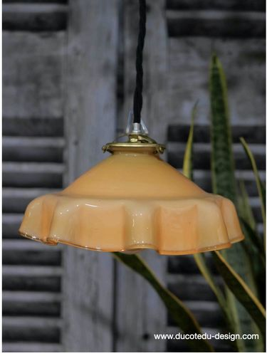 abat jour suspention so chic opaline lampe vintage