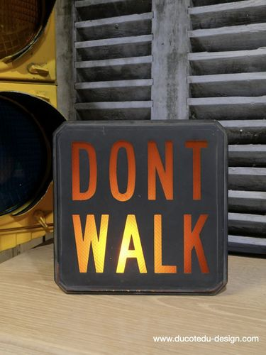 authentique plaque de feu en verre don't walk americain vintage USA / don t walk