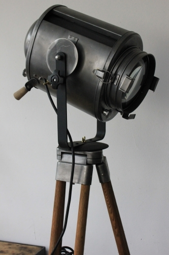 Projecteur de cinema Cremer Paris poli graphite trepied bois 6