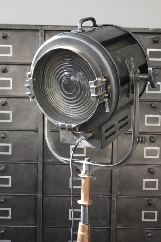 Ancien projecteur cinema hollywood Richardson 1950/60 pied cinema roulette