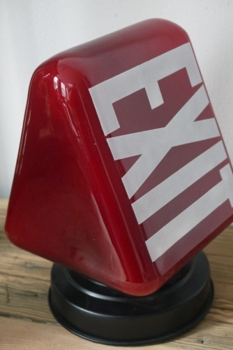 Exit Lampe USA opaline rouge socle metal