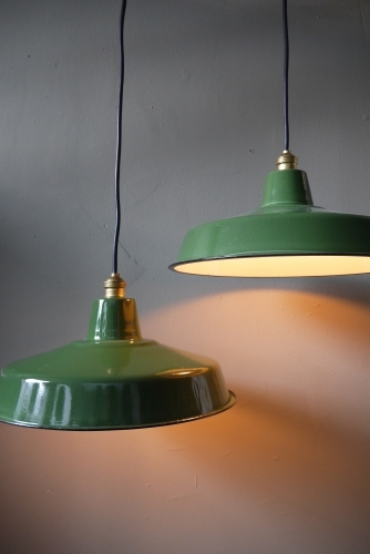 grand abat jour emaillee lampe industrielle vert
