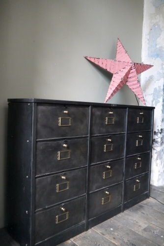 ancien meuble console 12 casiers industriel a clapet roneo 1940 plateau metal. Black Bedroom Furniture Sets. Home Design Ideas