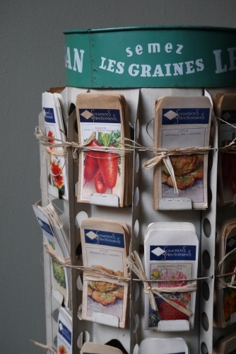 ancien tourniquet presentoir sachet de graine le paysan