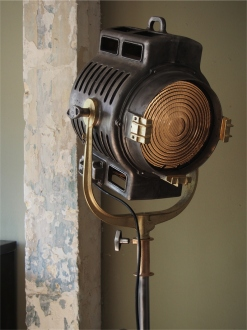 grand projecteur cinema MOLE RICHARDSON studio PINWOOD