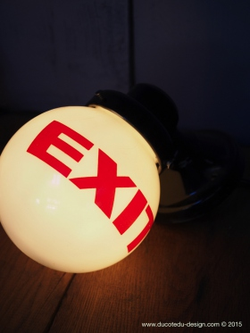 Exit Lampe USA opaline blanche