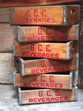 1 caisse bois brasserie limonadier USA G. C. C. beverages
