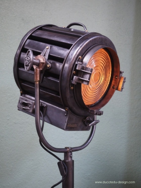 projecteur cinema MOLE RICHARDSON studio PINWOOD