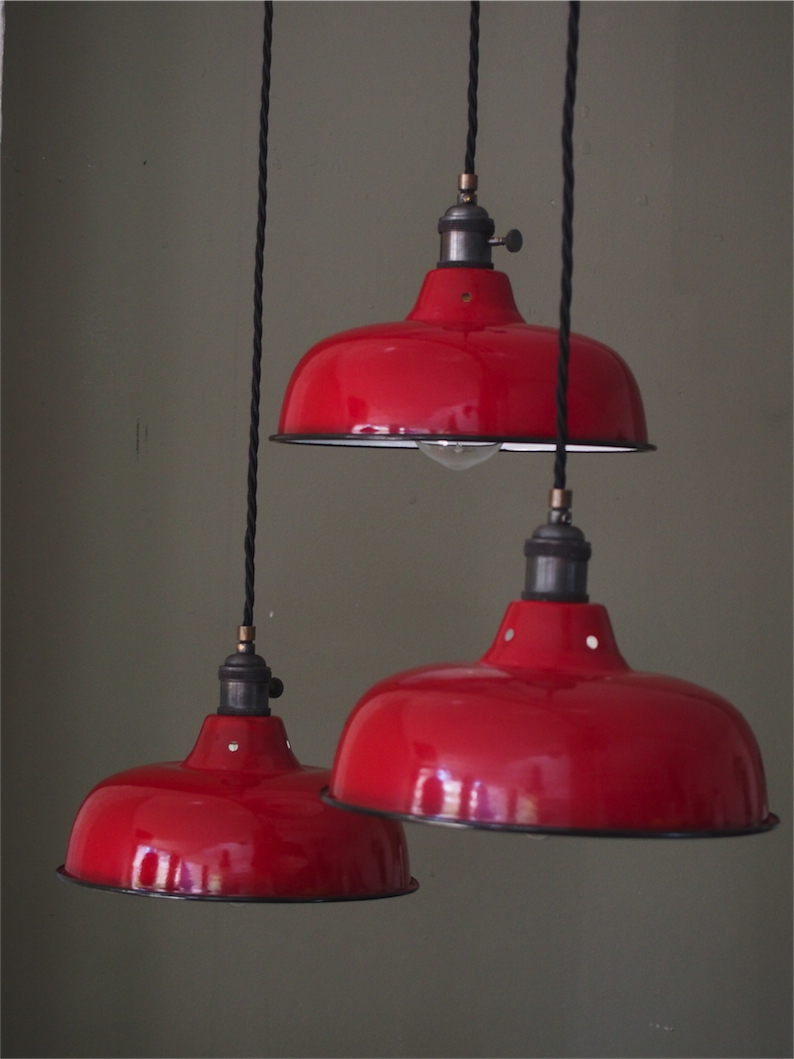 Abat jour emaille lampe industrielle rouge for Luminaire suspension rouge