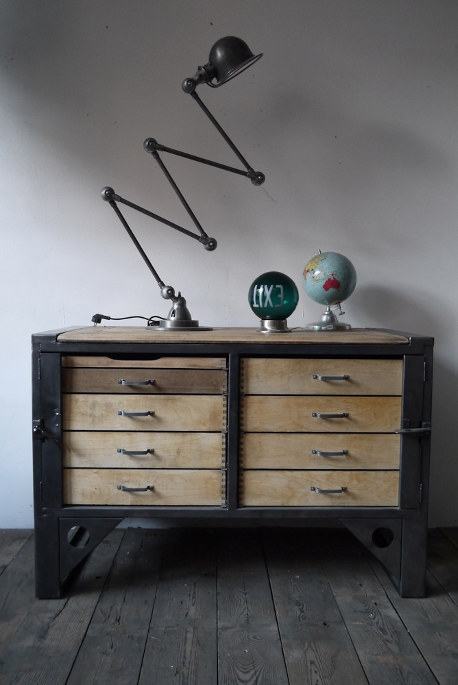 grand etabli industriel bureau metal et bois. Black Bedroom Furniture Sets. Home Design Ideas