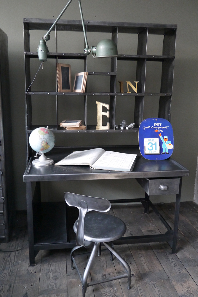photo decoration d co bureau style industriel deco bureau industriel. Black Bedroom Furniture Sets. Home Design Ideas