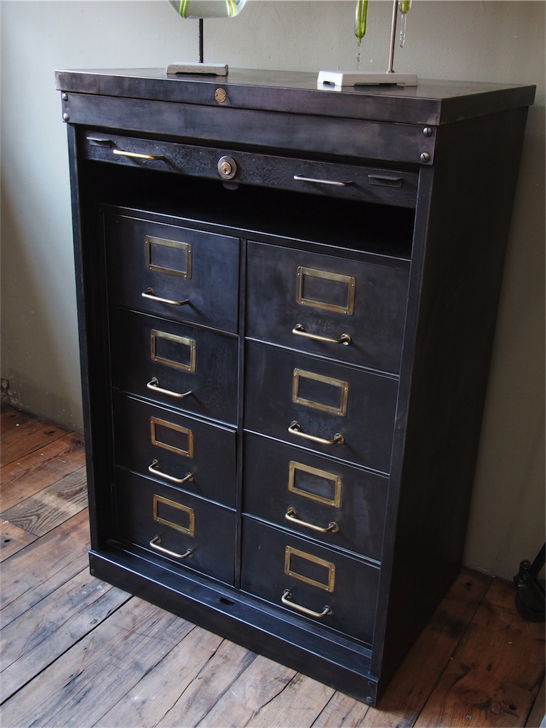 rare ancien meuble 8 tiroirs a rideau industriel roneo 1940. Black Bedroom Furniture Sets. Home Design Ideas