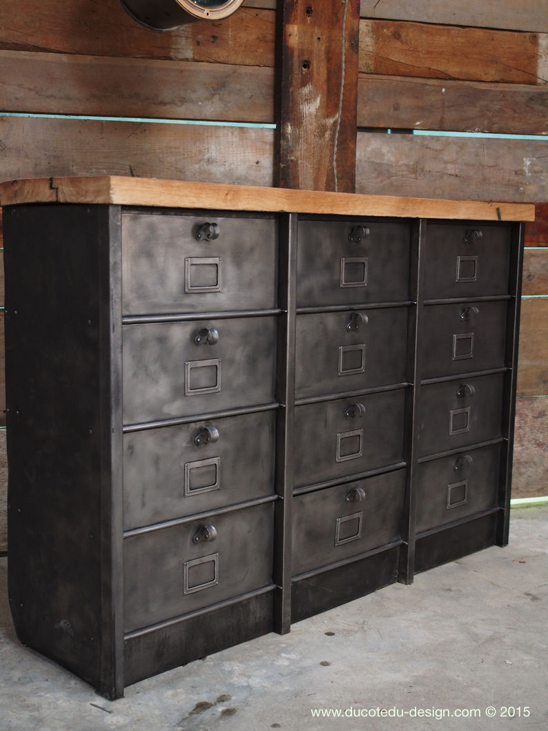 grand meuble industriel a clapet strafor 1950 plateau chene. Black Bedroom Furniture Sets. Home Design Ideas
