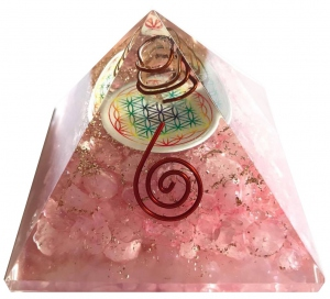 Pyramide Orgonite en Quartz Rose