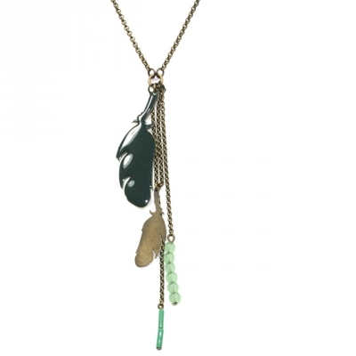 Lina Poum long necklace Pluma emerald