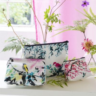 Designers Guild Washbag Chinoiserie small