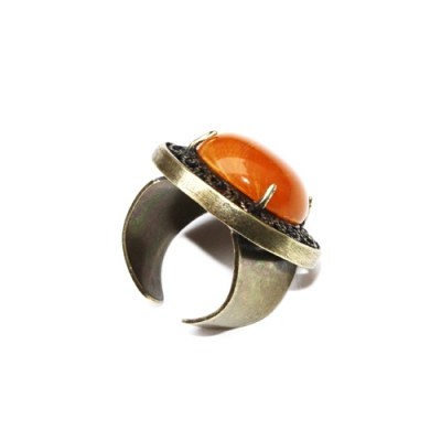 Julie Sion ring Pilow honey amber