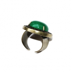Julie Sion ring Pilow emerald