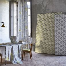 Designers Guild wallpaper Jourdain Limelight