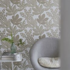Designers Guild Tanjore Gold wallpaper