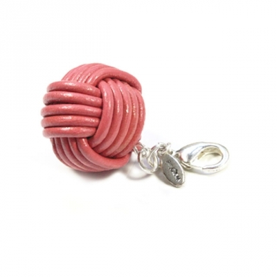 Pilgrim mega ball of wool in pink