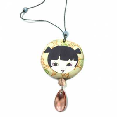 Georges & Rosalie beige face necklace salmon pearl