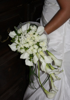 Bouquet romance de callas blancs