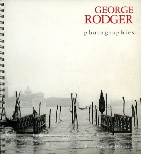 Rodger George Photographies - ISBN 2877700143.