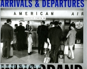 Winogrand Garry Arrivals and departures - ISBN 3882438606.