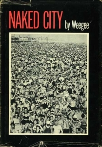 Weegee Naked city - ISBN 0306707241.