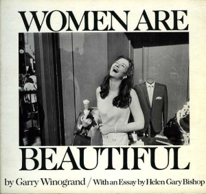 Winogrand Garry Women are beautiful - ISBN 0374513015.