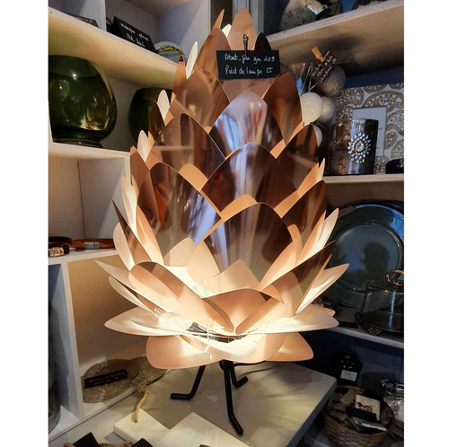 Pine cone lamp Large lampshade Small footer