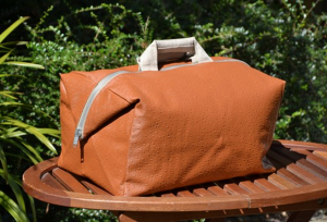 Week-end bag, ostrich, fawn color
