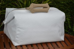 Week-end bag, ostrich, white