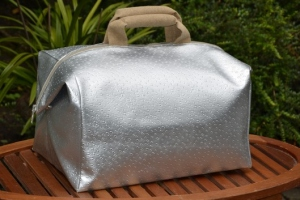Week-end bag, ostrich, silver