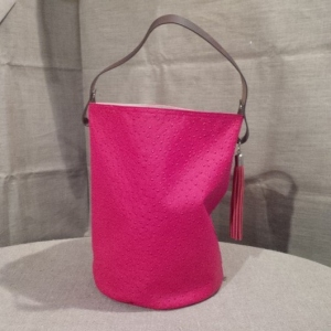 bucket bag leather handles, ostrich, fushia