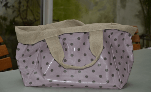 Mid-size carrier bag, white stars on pink ground plastified linen