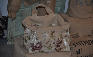 Mid-size carrier bag, MilleFond flowers plastified linen