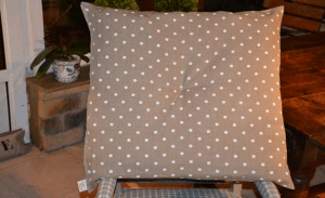 Ground cushion, ivory polka-dot printed linen