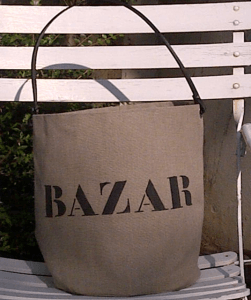 "bucket bag Mid-Size ""Bazar"