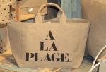 "Mid-size bag, black stencilled ""A la plage"