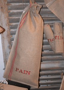 "Vertical bread bag  ""Pain""  red embreidered cloth"