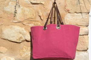 Mid-size carrier bag  leather handles, washed linen, Fushia