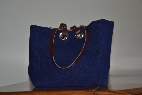 Small-size carrier bag  leather handles, navy blue boiled wool