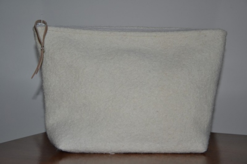 Mid-size white boiled wool holdall pouche