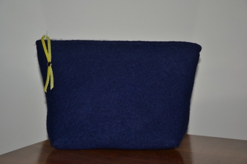 Mid-size navy blue boiled wool holdall pouche